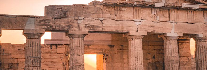 Top 10-Reasons-You-Should-Visit-Athens